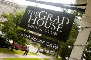 Frosh guide to Campus Bars - The Grad House
