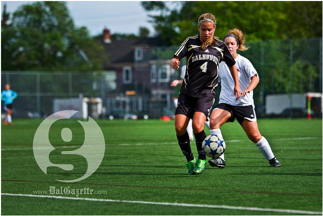 Women's soccer opens. Photo of pre-season soccer by Pau Balite.
