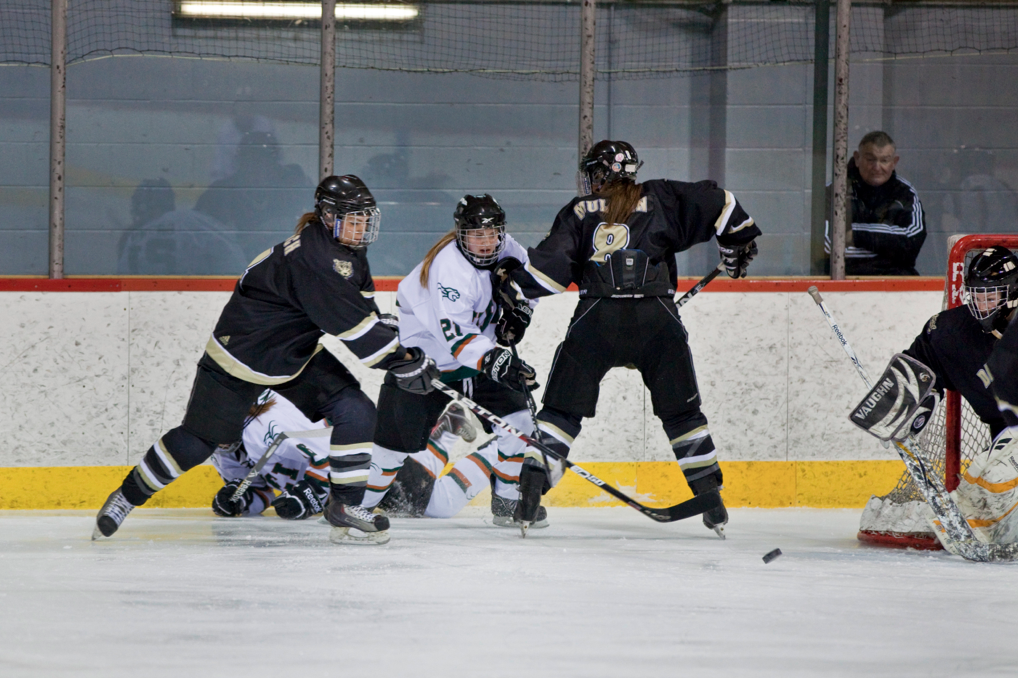 Dal's final round-robin game was a tight battle until the end. Photo by Paul Balite.