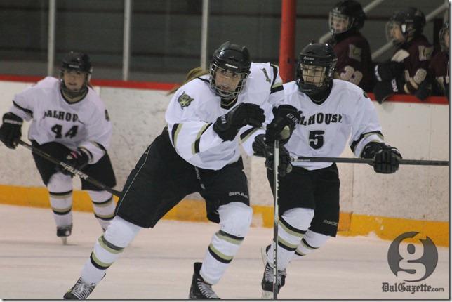 The Dal women's hockey team has drawn national media attention. (Richard Lafortune photo)