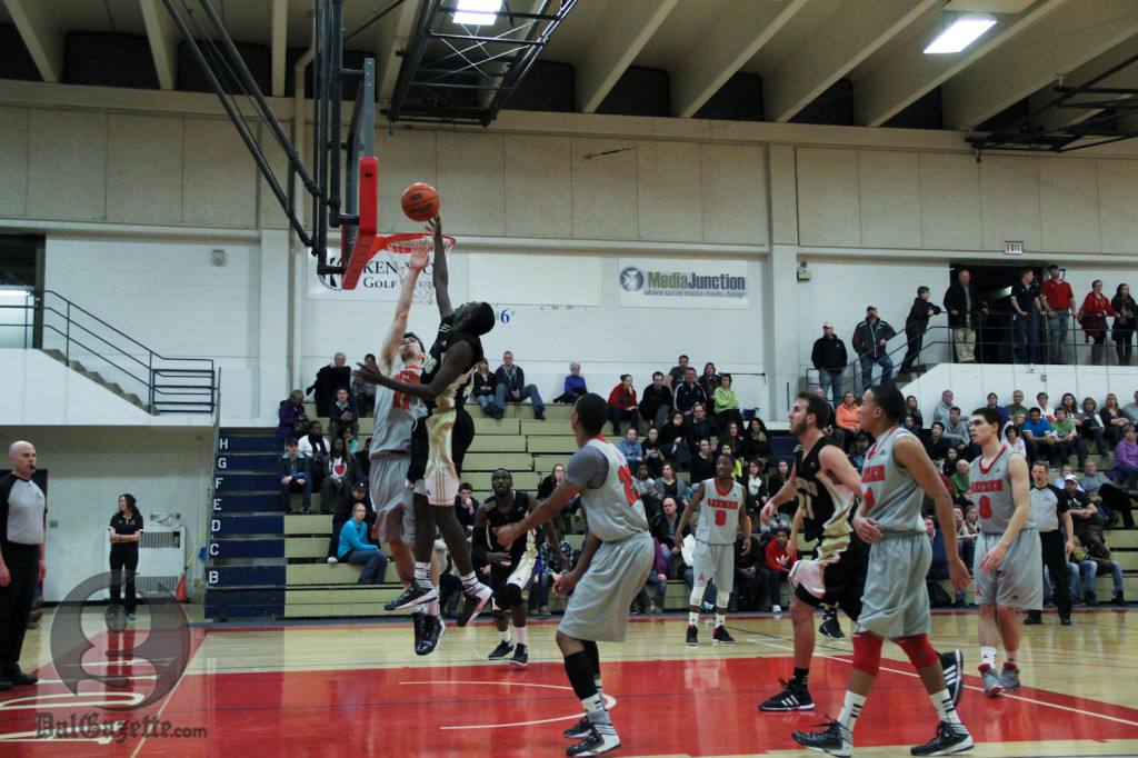 Tigers, Axemen go airborne. (Monica Mutale photo)