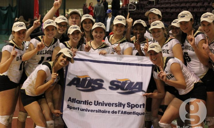 Women's volleyball seize AUS crown