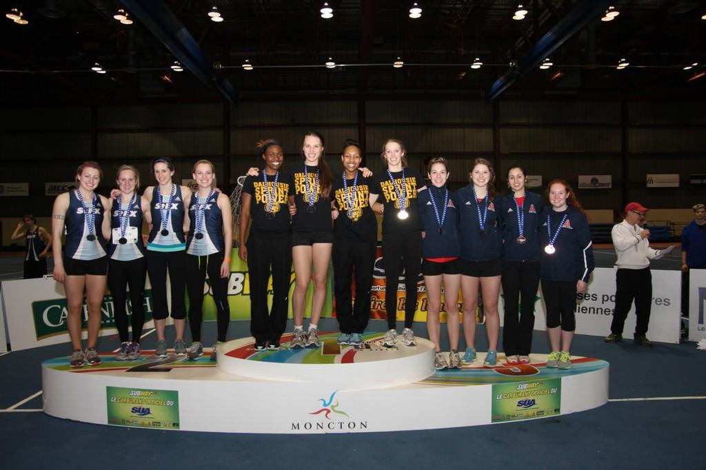 Dal's 4x200-metre won gold. (Photo by Normand A. Léger via Université de Moncton)