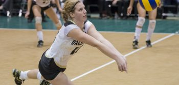 Women's volleyball outclassed at nationals