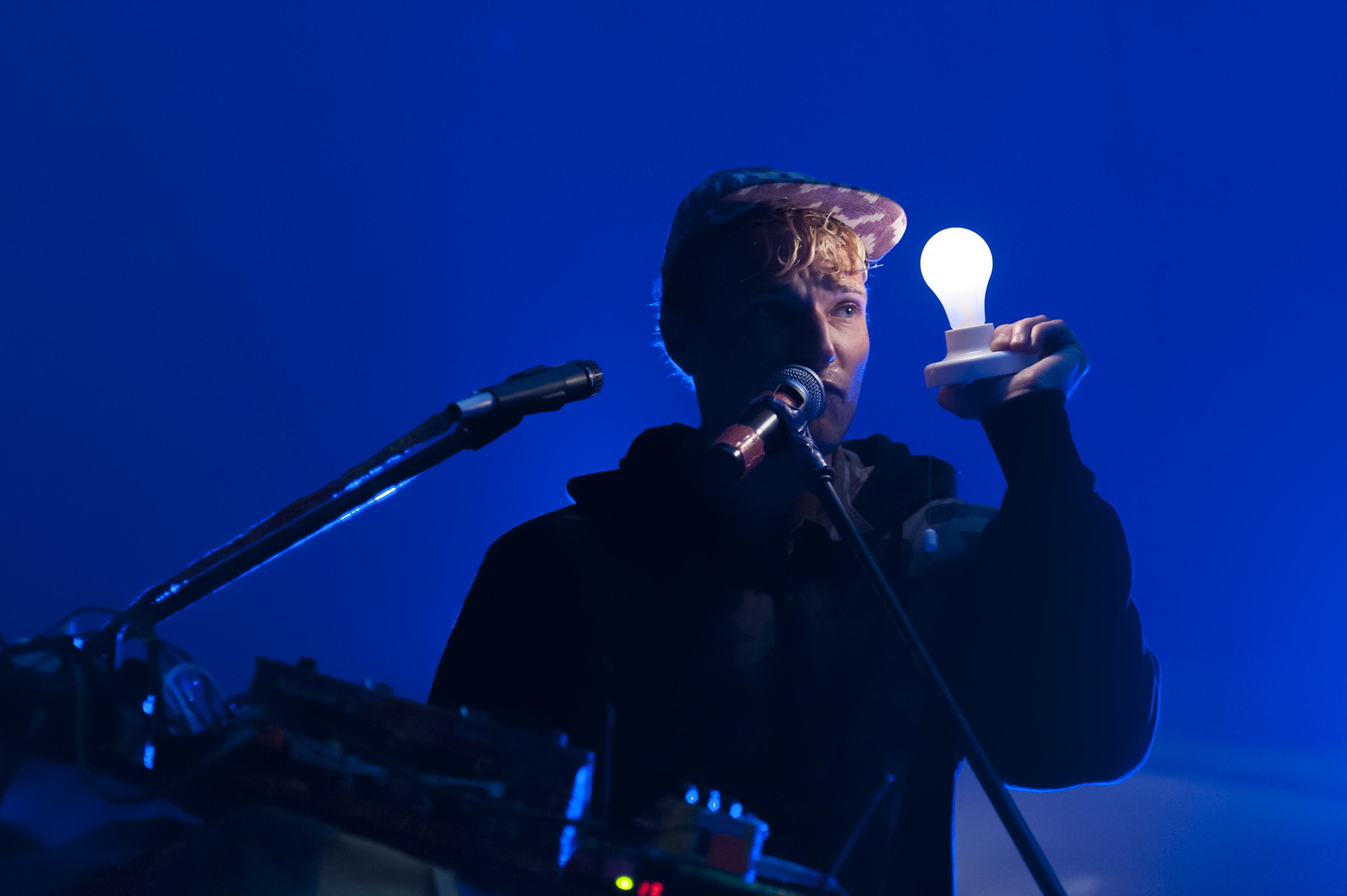 Rich Aucion lit up the stage Saturday night. (photo by Chris Parent)
