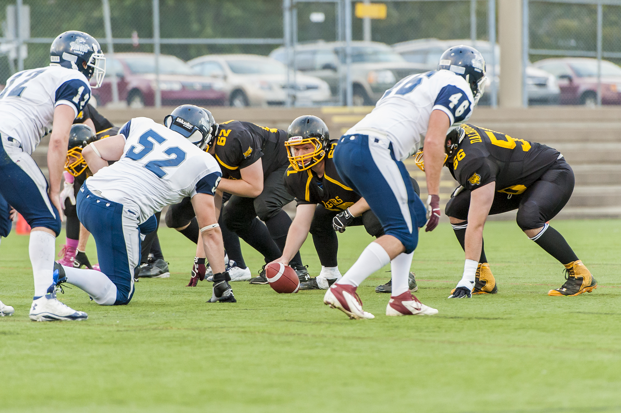 Dal's O-line gets ready the snap the ball (photo by Chris Parent)