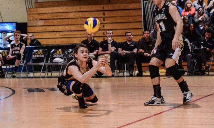 Men's volleyball routs Memorial