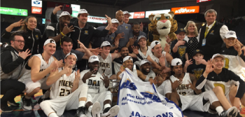 Tigers win third straight AUS championship in men's basketball
