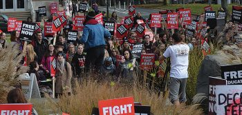 DSU fundsAll Outto protest student fees,with student money